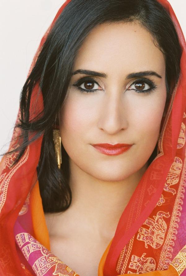 Sarah Siadat - Commercial scar